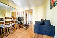 Apartment for 4 people in Paris-8e Paris