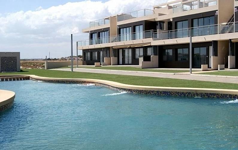 Apartamento para 4 personas en pilar de la horadada mil - Casas para alquilar en las mil palmeras ...