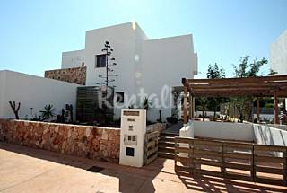 House for rent only 1000 meters from the beach Almería