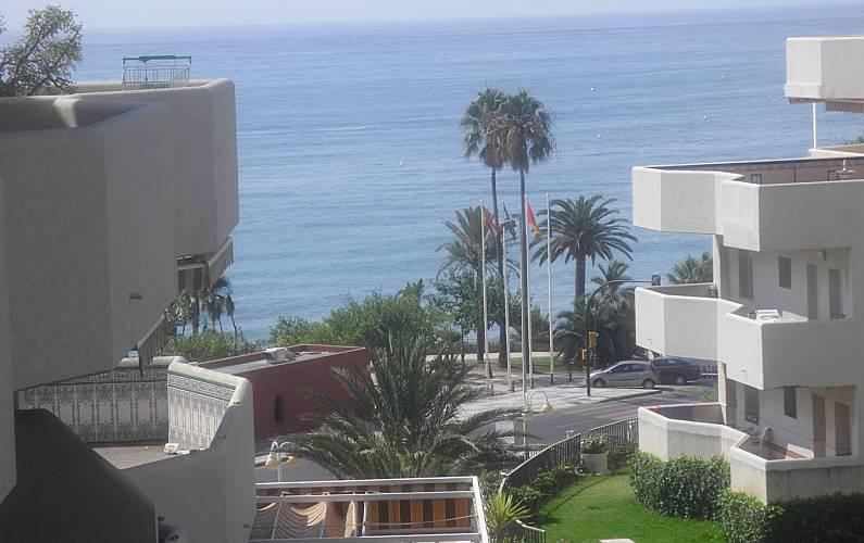 Apartamento 50 m.de la playa. Complejo Benalbeach Málaga - Vistas desde la casa