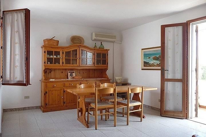 Appartamento per 6 persone a ottiolu ottiolu budoni for Alloggi budoni