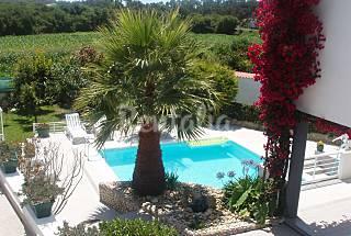 Vivenda com piscina a 700 m da praia Viana do Castelo