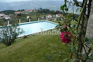 Casa para 10-12 pessoas com piscina Viseu