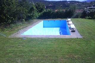 House for 5 people with swimming pool Braga