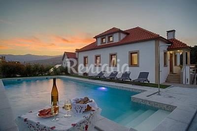 Casa para 10-12 pessoas com piscina Viana do Castelo