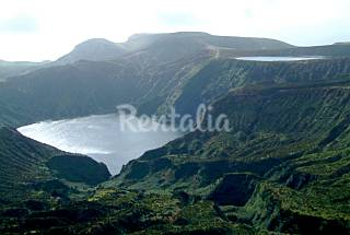 House for rent in Flores Island Flores Island