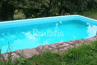 House for 4-8 people with swimming pool Santarém