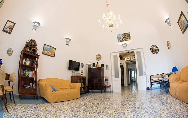 In Salotto Salerno.Residenza Vietri Sul Mare Salerno Costiera Amalfitana