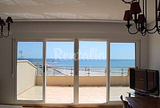 Apartment with 2 bedrooms only 30 meters from the beach Alicante