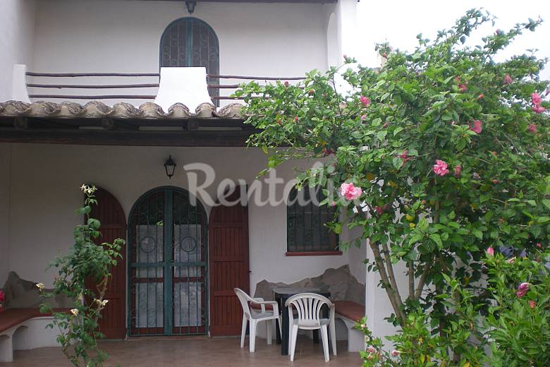Casa de 2 habitaciones a 100 m de la playa Cagliari