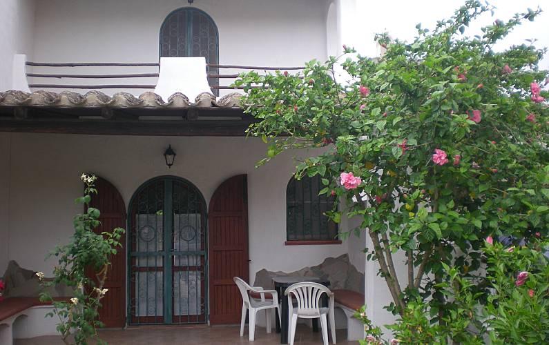 Villetta con 2 camere da letto a 100 m dal mare Cagliari - Parte esterna della casa