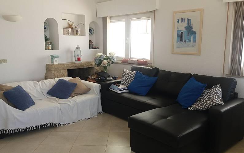 Casa para alugar em frente à praia Algarve-Faro - Sala