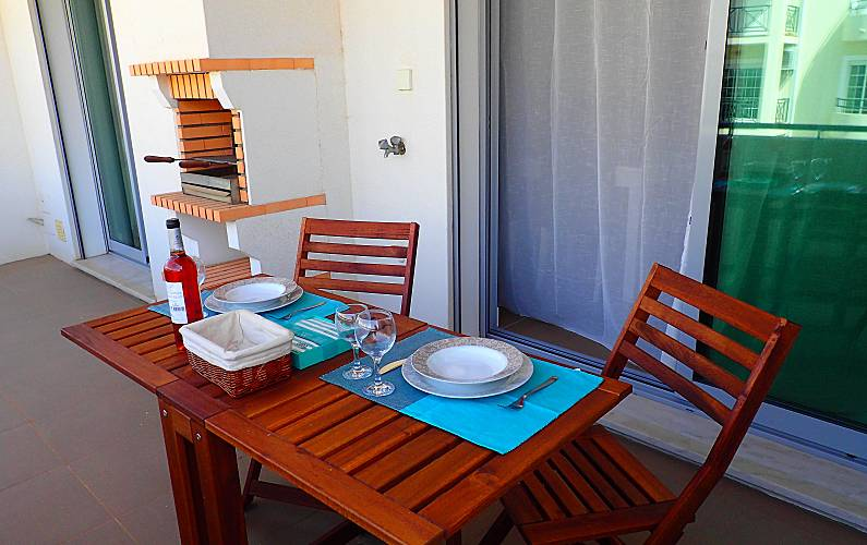 Apartment for rent only 700 meters from the beach Algarve-Faro - Terrace