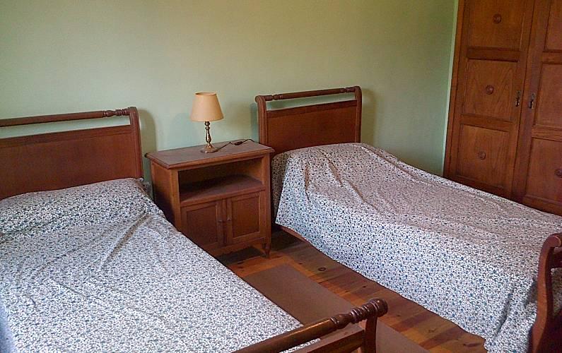 Casa en ezcaray ojacastro ojacastro rioja la for Muebles ezcaray