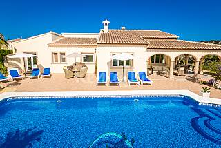 Villa for 8 people only 1000 meters from the beach Alicante