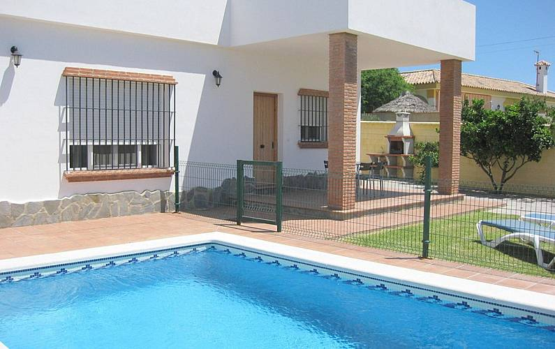 Bonita casa con piscina privada 4 5 personas fuente - Casas rurales para dos personas con piscina privada ...