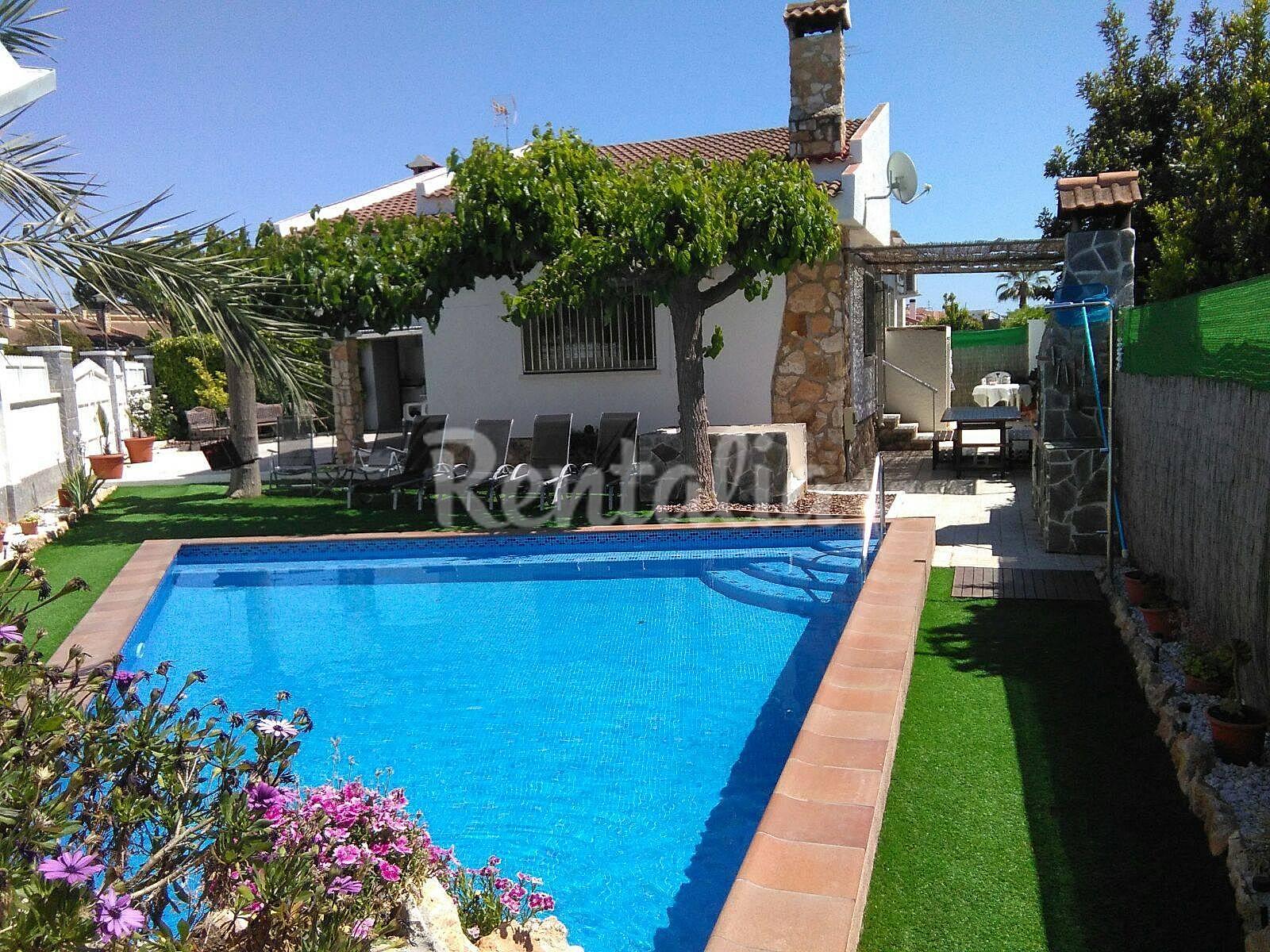 Casa con piscina privada en la costa dorada creixell for Camping con piscina climatizada en tarragona