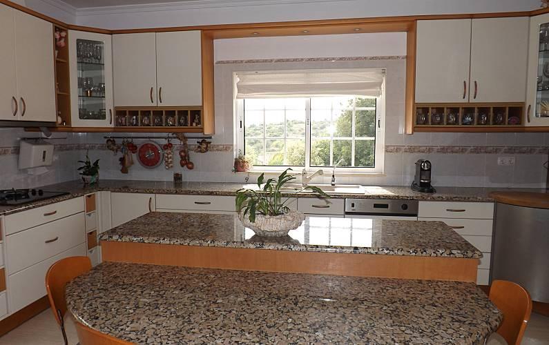 Villa Kitchen Algarve-Faro Loulé villa - Kitchen