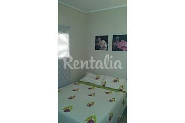 Apartamento para 4 personas a 50 m de la playa l for Piscinas municipales hospitalet