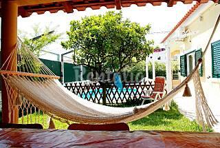 Villa with pool 2,2km from beach 4Km Golf (Wi-Fi) Setúbal
