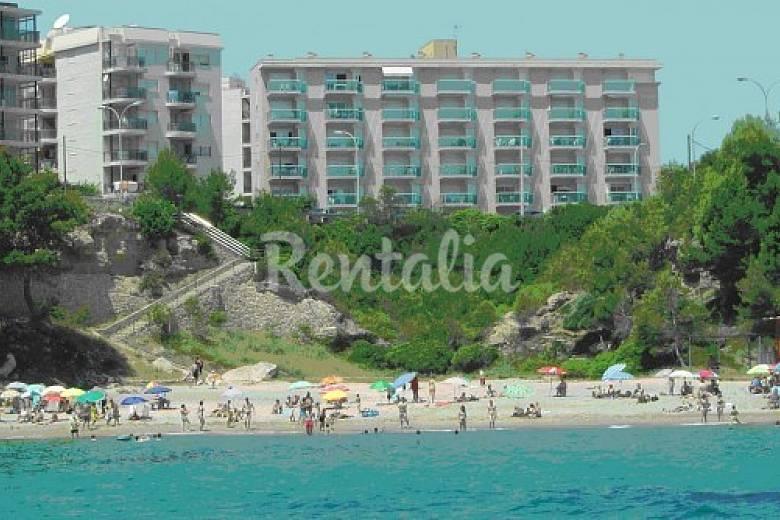 Apartamento para 6 personas en tarragona miami playa for Apartamentos jardin playa larga tarragona