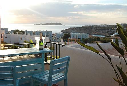 Holiday rentals Cala Tarida - San José  Apartments, holiday