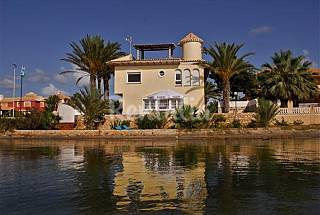 Villa with 4 bedrooms on the beach front line Murcia