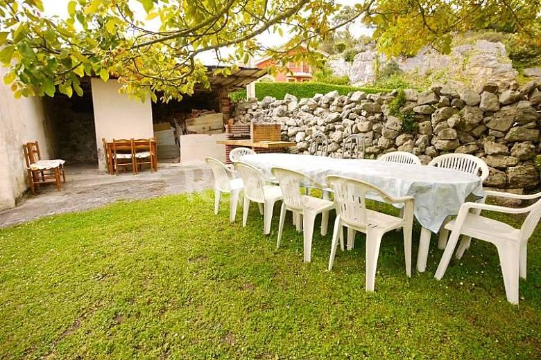 Casa Con Terreno Isla Playa Arnuero Cantabria Costa
