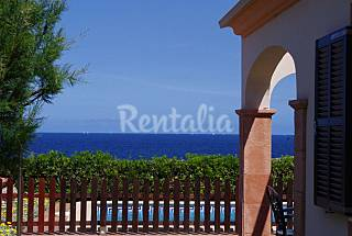 Villa en primera linea de mar Menorca