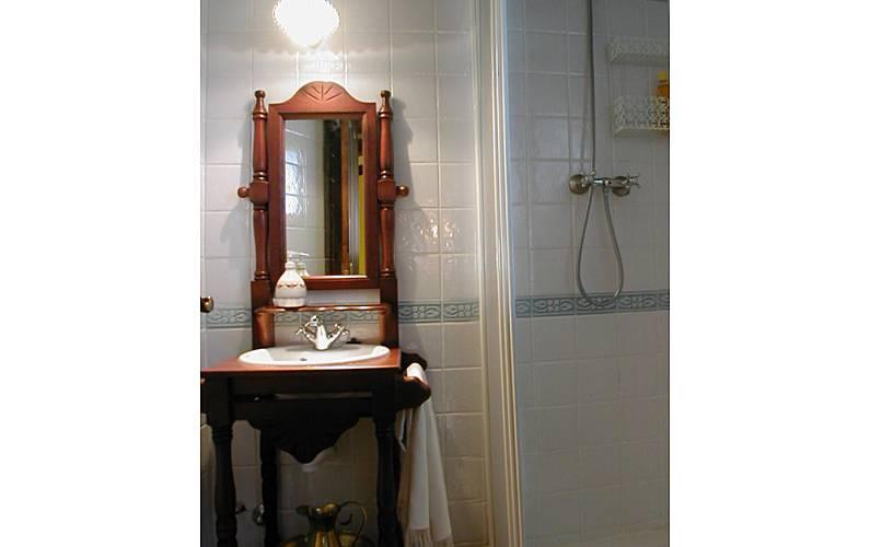 House Bathroom Huesca Biescas House - Bathroom
