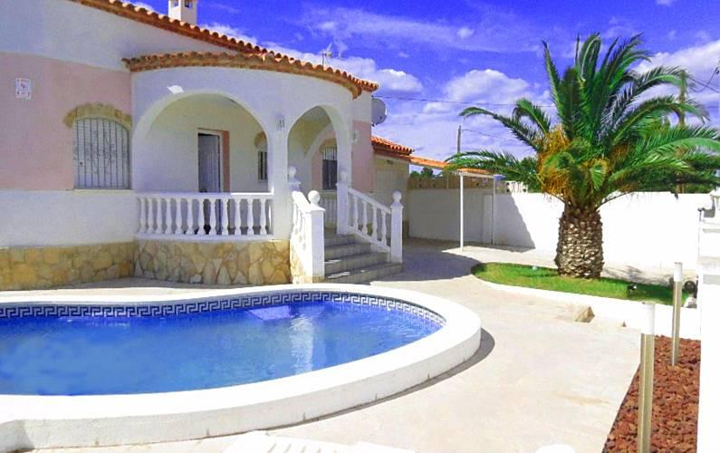 Villa para 8 personas con piscina privada miami playa for Piscina privada para dos