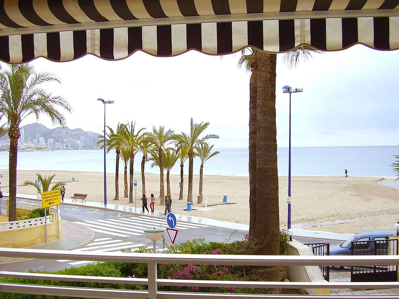 Benidorm playa poniente primera l nea de playa benidorm alicante costa blanca - Apartamentos en benidorm playa poniente ...