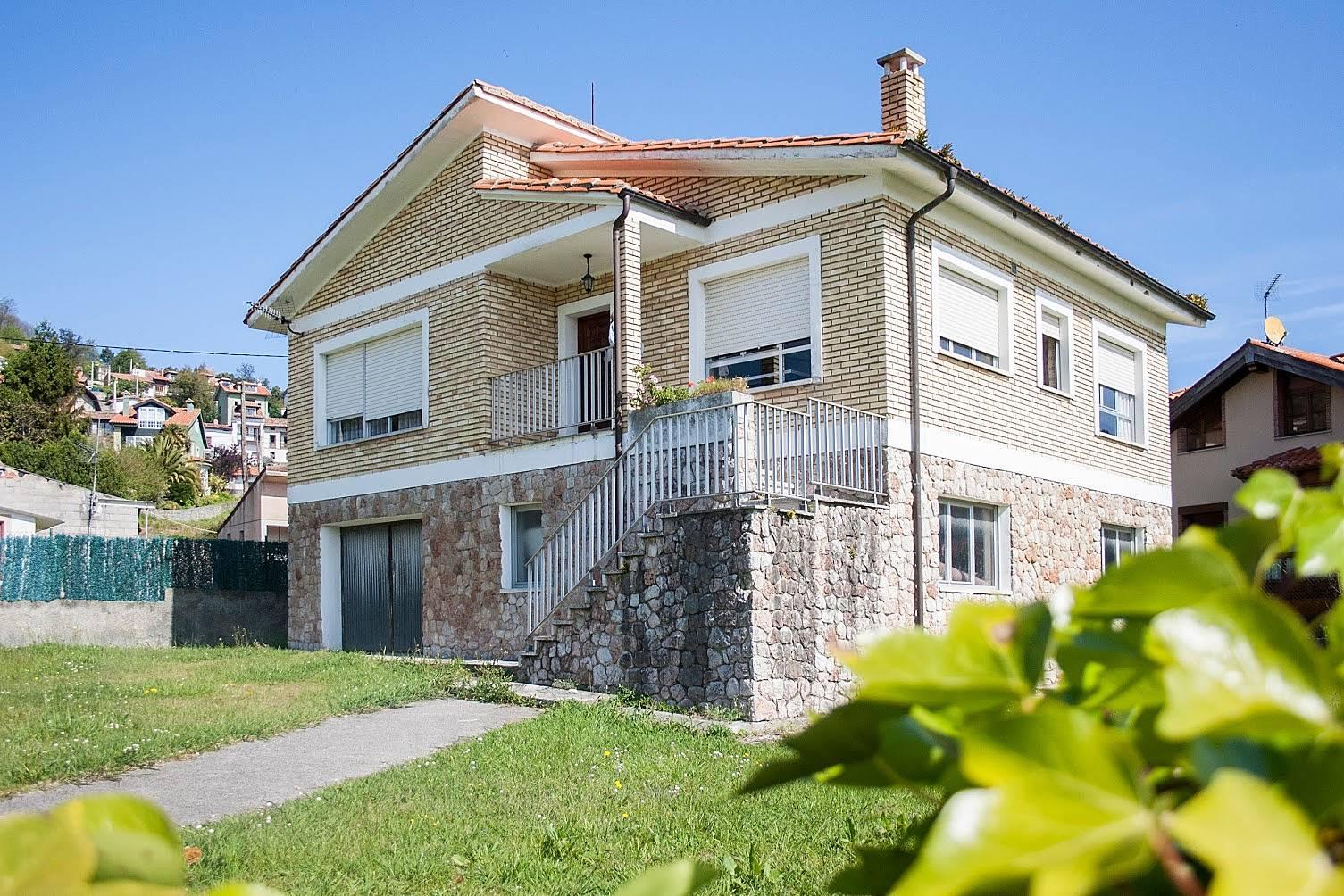 Chalet de 3 habitaciones a 400 m de la playa niembro for Llanes habitaciones