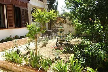 Dos casas con encanto en el albaic n granada granada - Jardines pequenos con encanto ...