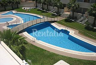 Vacaciones familias en urbanización de lujo Alicante