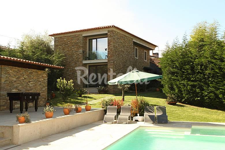 Casa para 8 12 personas con piscina rates p voa de for Piscinas oporto