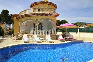 Villa for 6 people only 1000 meters from the beach Tarragona