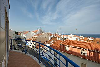 Apartment for 4-6 people only 500 meters from the beach Lisbon