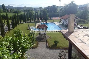 Casa Con Piscina Pista De Tenis Y 4000 M2 Jardin