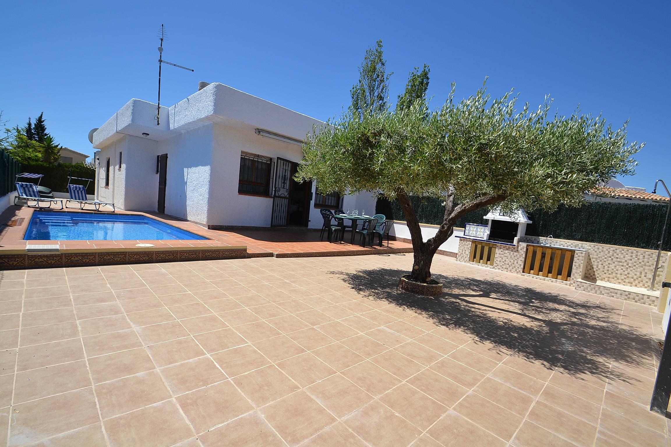 Casa de alquiler a 250 m de la playa riumar deltebre - Alquiler casas vacacionales costa dorada ...