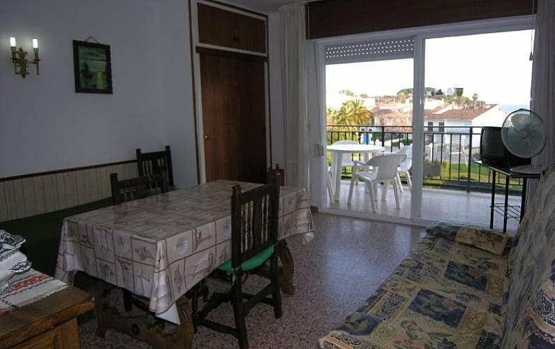 Apartamento en alquiler en catalu a la fosca palam s girona gerona costa brava - Apartamentos la fosca ...