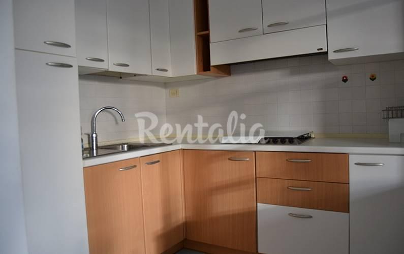 Apartamento en alquiler en marcas marcelli numana ancona - Ancona cocinas ...