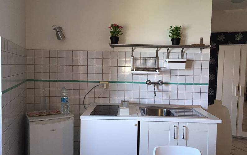 Apartamento para 2 personas en sirolo san lorenzo - Ancona cocinas ...