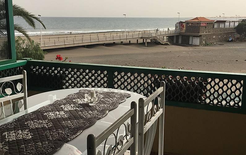 Nice Apartment direct on the beach of San Agustin Gran Canaria - Terrace