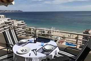 Penthouse large terrace 1st line oceanfront wif Alicante