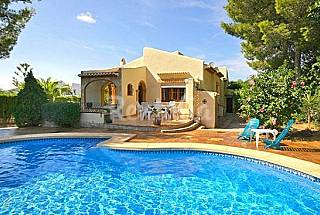 Villa de 3 habitaciones a 3 km de la playa Alicante