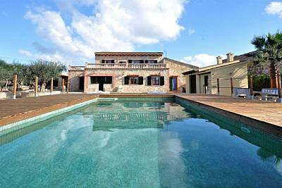 CAN FUSTERET- Finca 12 pax con piscina y barbacoa  en Inca. Placas Solares  - WiFi Gratis Mallorca