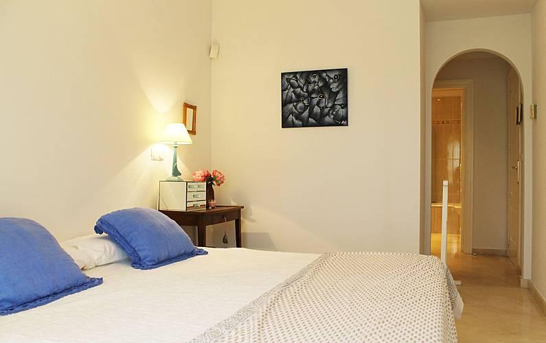 Luxury Bedroom Valencia Oliva Apartment - Bedroom