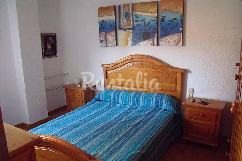 Apartamento para 6 personas en almer a centro almer a for Pisos en el zapillo almeria
