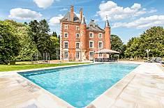 Casa per 20 persone a Romenay Saona e Loira